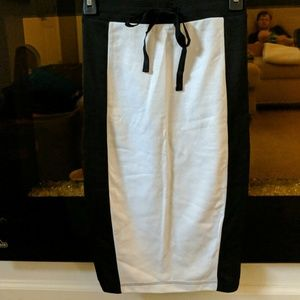 BONGO Small Pencil jersey skirt, white&black